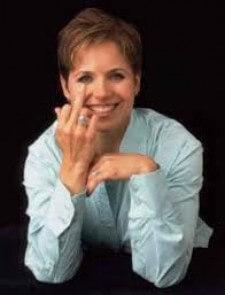 katie couric finger