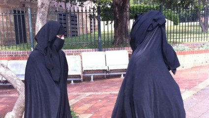 burka-mistaken-identity