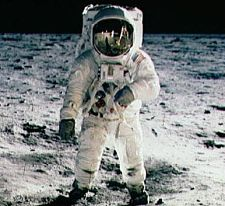 hillary-clinton-astronaut-resume-lie