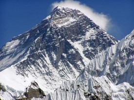 mount-everest-global-warming-contradictions
